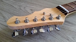 guitar-headstock
